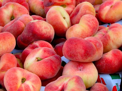 Персик — сочный мохнатик