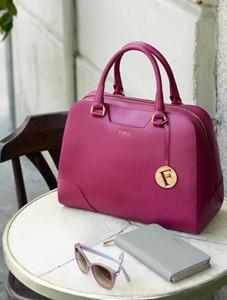 Стоит ли покупать сумки дорого бренда