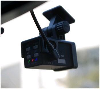 Автомобильные видеорегистраторы — что это