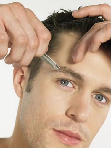 Как выщипать брови мужчине