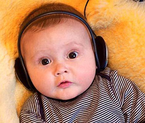 Советы: Какую музыку лучше всего включать новорожденному малышу