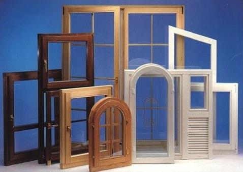 Что выбрать — деревянные или пластиковые окна