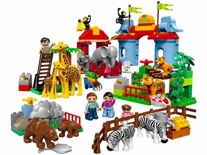 Советы по выбору игрушек для малыша