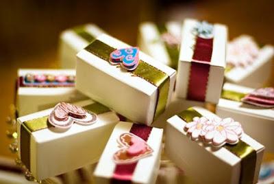 Советы по упаковке свадебных подарков