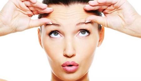 Что выбрать: подтяжка лица или плазмолифтинг