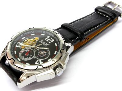 Выбор наручных часов — советы и рекомендации