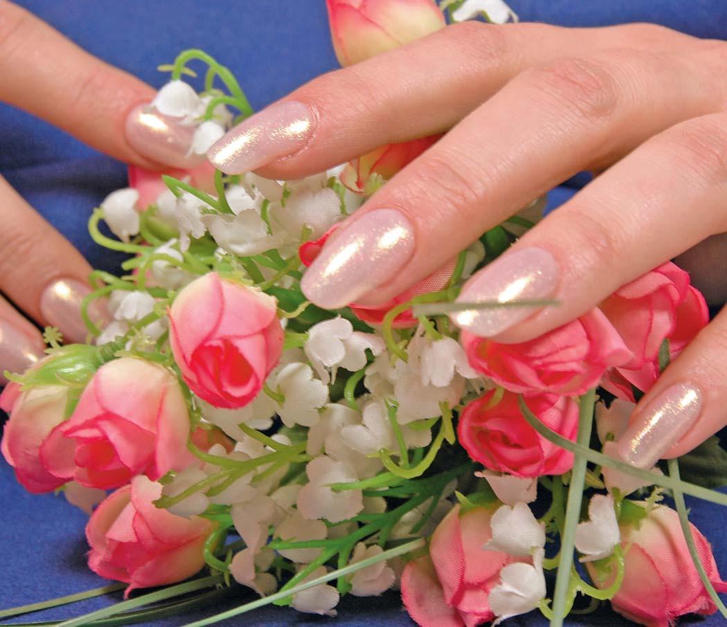 Как правильно наносить гель для ногтей