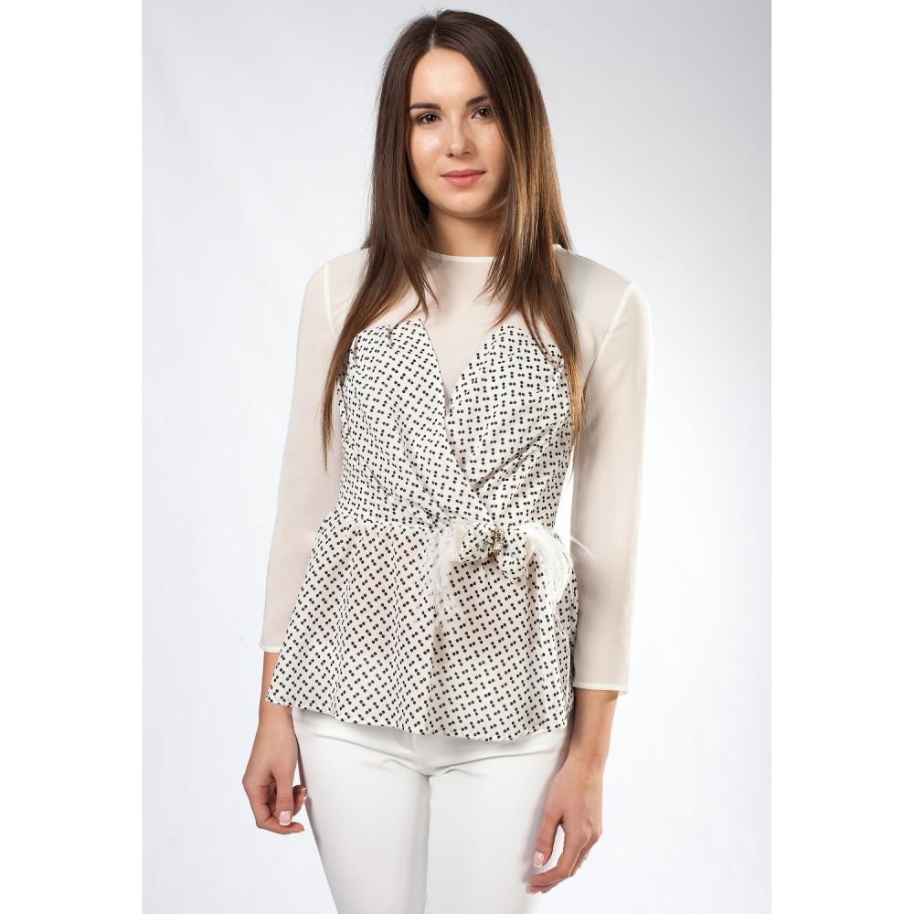 Советы по выбору блузки для женщин