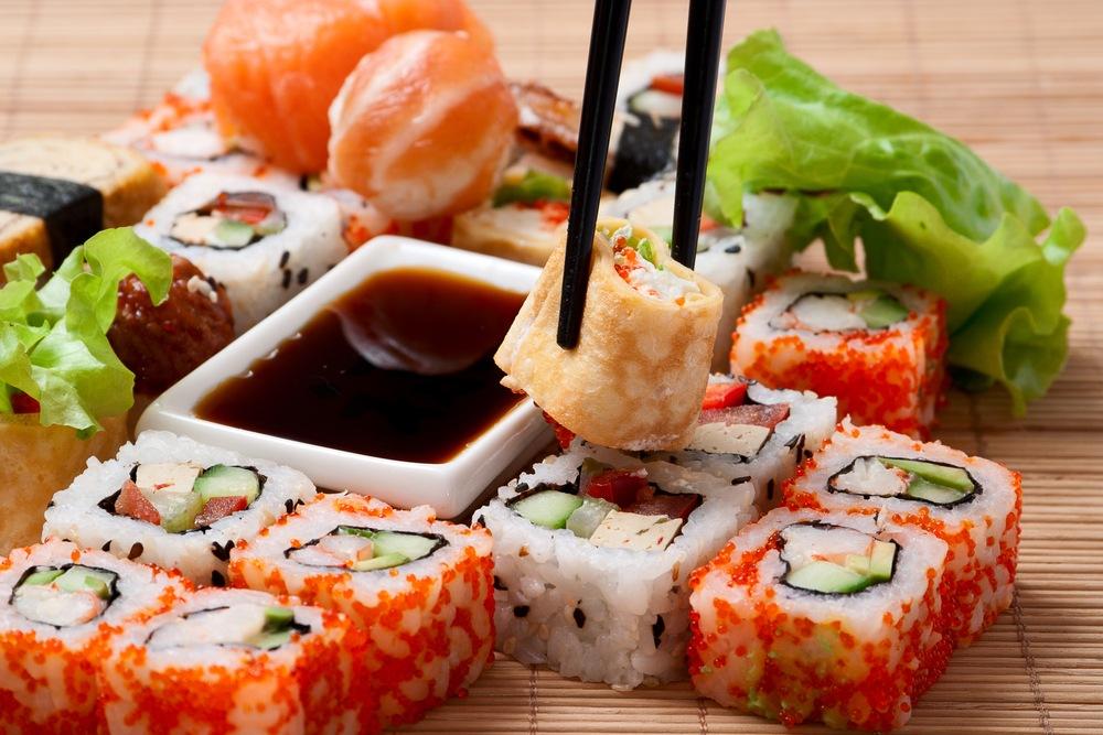 Чем полезны и вредны суши