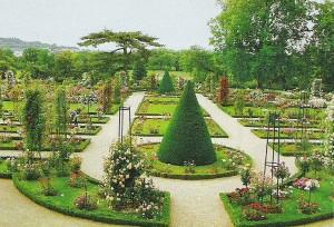 красиво оформить сад