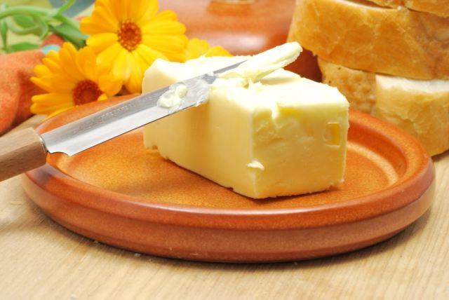 Как правильно выбрать сливочное масло