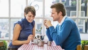 Как должен себя вести мужчина при встречи с девушкой