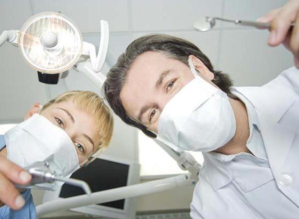 Как правильно выбрать стоматолога