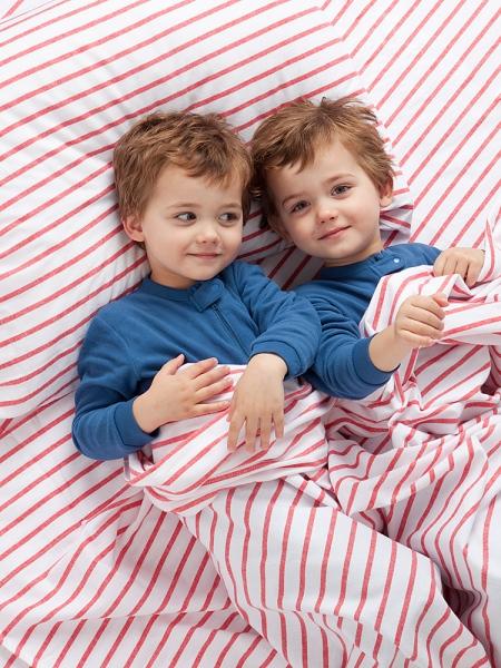 Как лучше выбрать постельное белье для детей