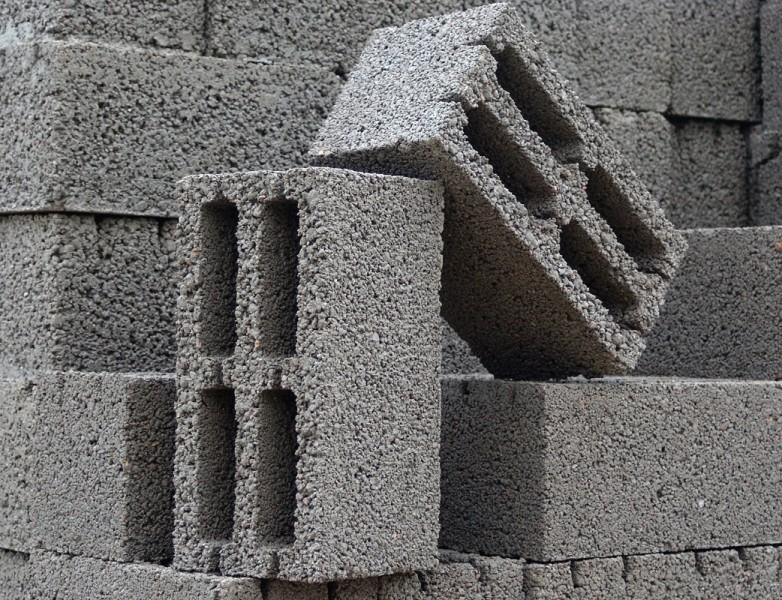 Как правильно выбрать керамзито-бетонные блоки