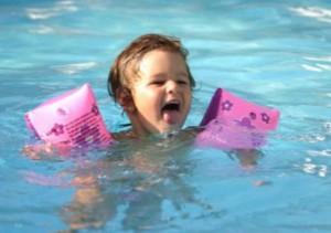 научиться правильно плавать