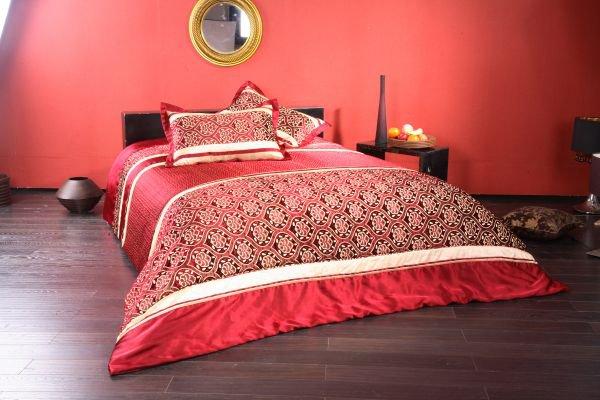 Как выбрать покрывало для спальни