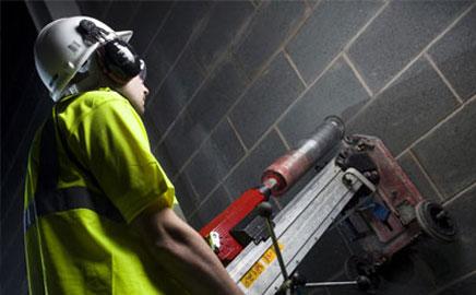 Какие коронки следует использовать для работ по бетону