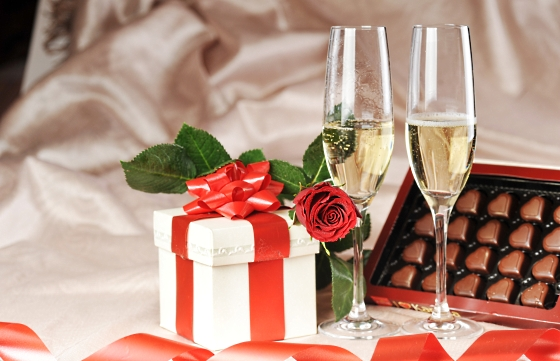 Как выбрать свадебный подарок