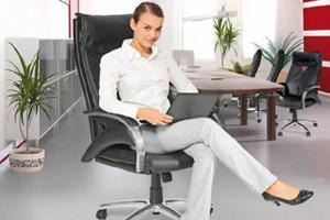 выбрать офисный стул