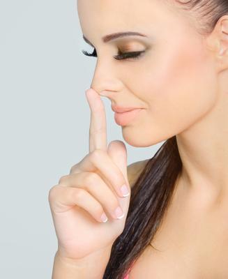 Как корректировать форму носа