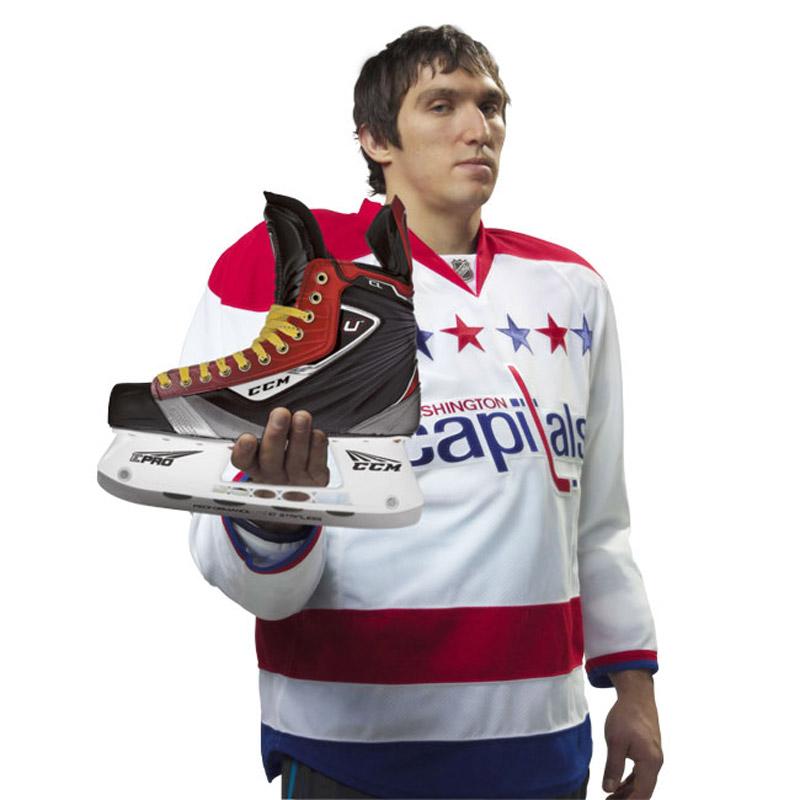 Как правильно выбрать хоккейные коньки