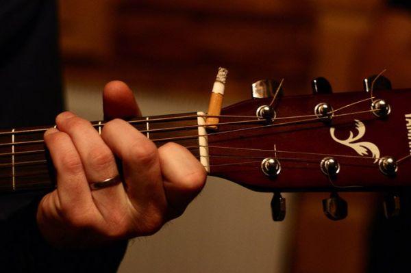 Полезные советы начинающим играть на гитаре