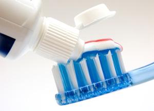 Как правильно подобрать зубную пасту