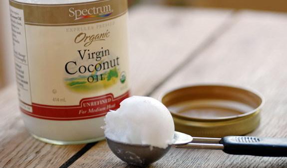 Кокосовое масло: применение в косметологии