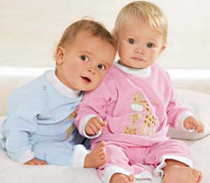 Как выбрать детскую одежду для новорожденного