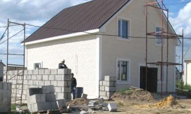 Как построить коттедж из пеноблоков