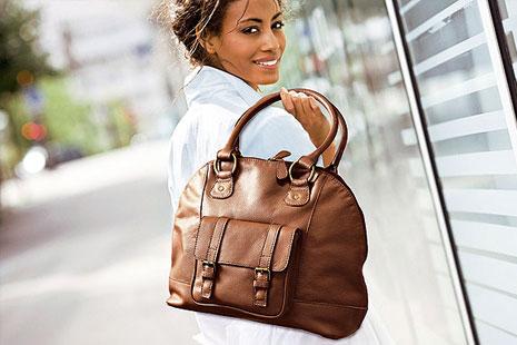 Как правильно выбрать кожаную женскую сумку