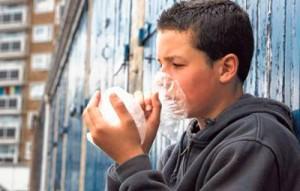 вылечить подростка-наркомана