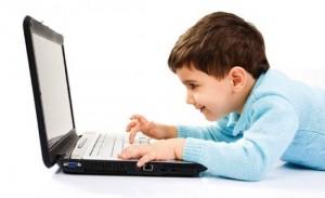 В какие компьютерные игры детям играть можно