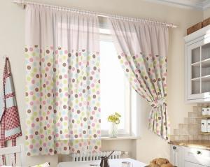 Как правильно стирать шторы